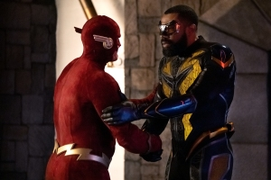OG Barry Allen and newbie Black Lightning (Photo: CW)